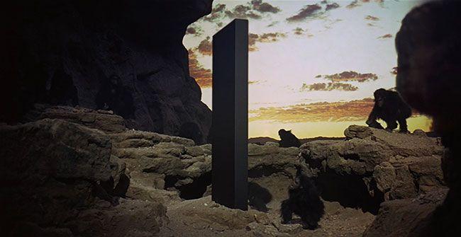 2001-monolith-apes.jpg