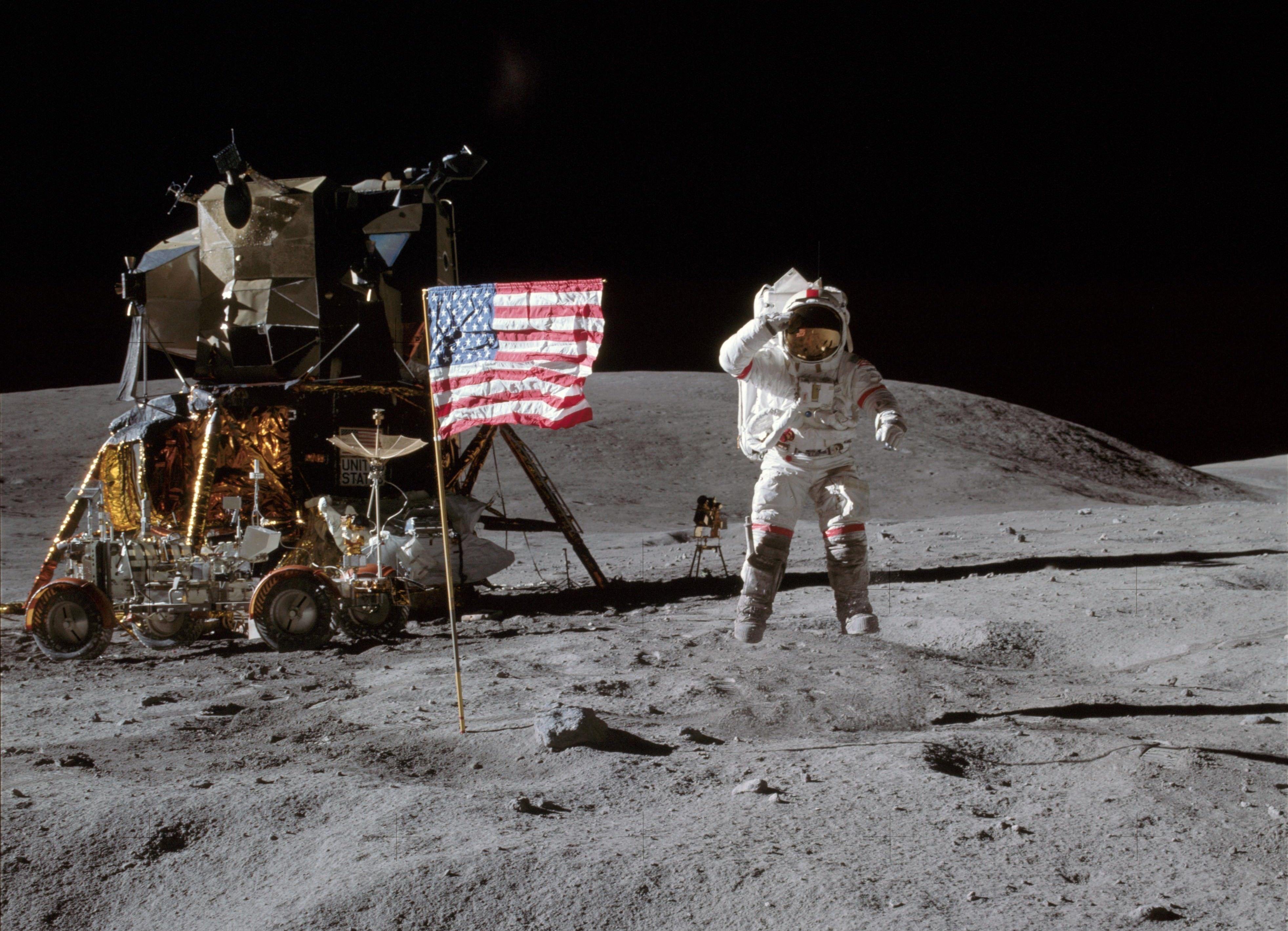 Apollo16-e1435616782651.jpg