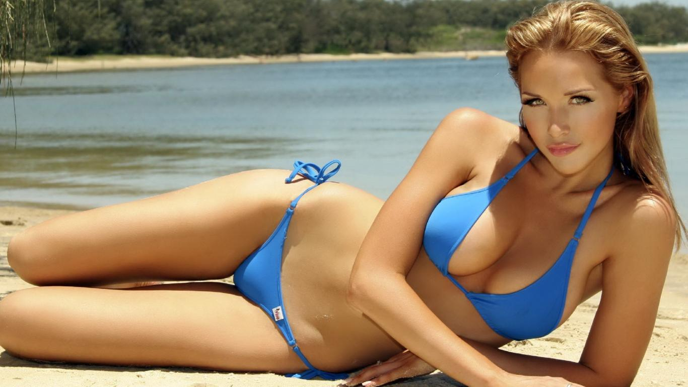 beautiful-blue-bikini-girl-wallpaper,1366x768,63917.jpg