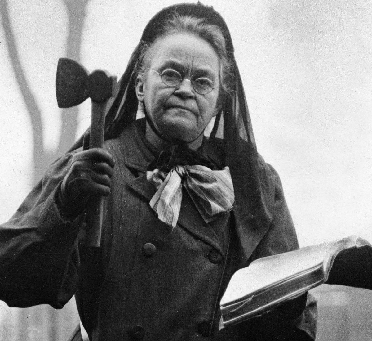 carrie-nation-feature-543882879.jpg