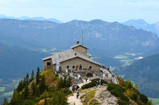 edelweiss-lodge-and-resort.jpg