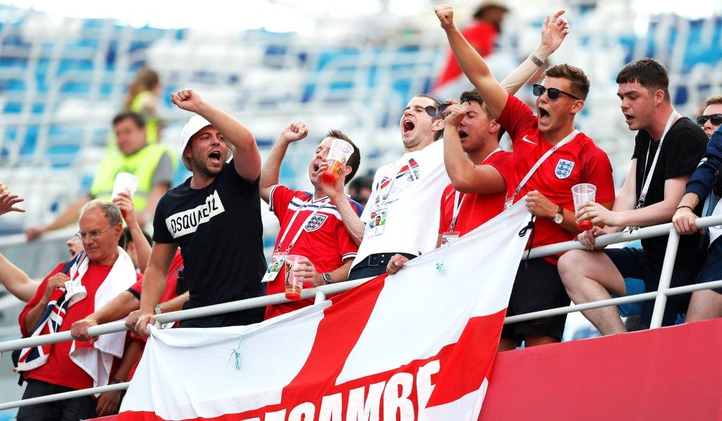 england-fans-world-cup-2.jpg
