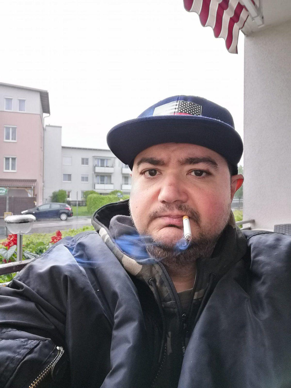 Gangsta2.jpg