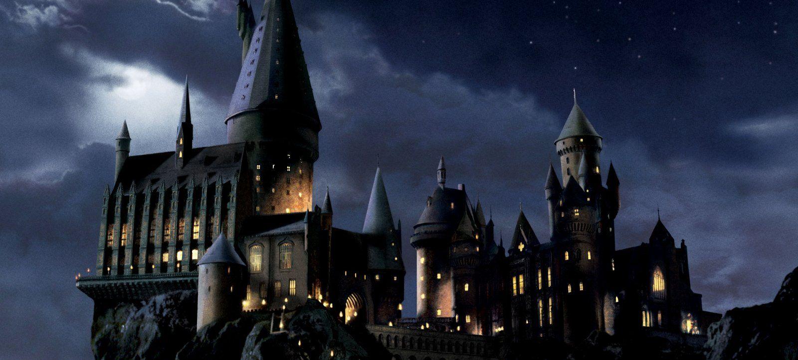 hogwarts-castle- (2).jpg