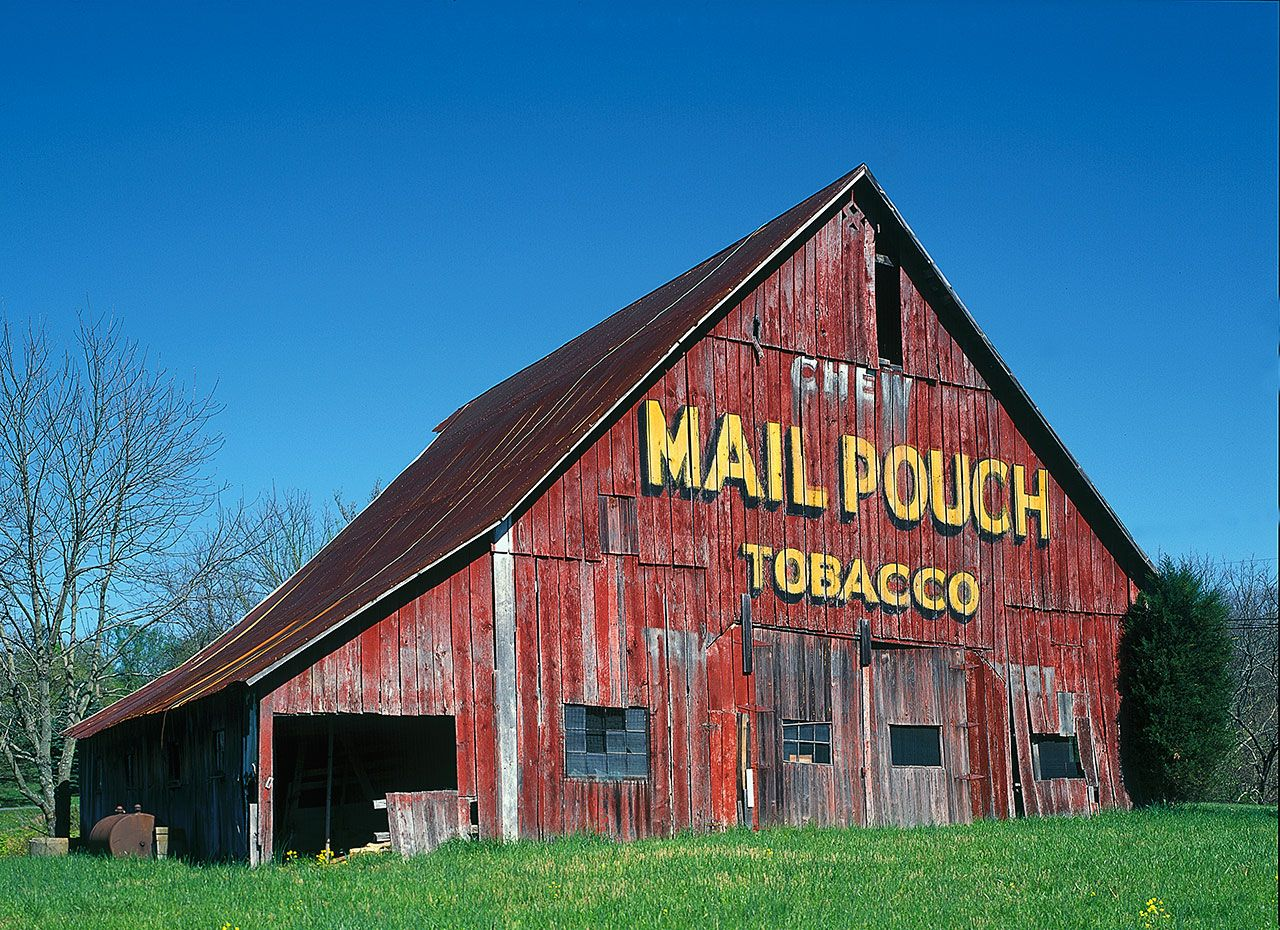 mail-pouch-barn-near-nashville-indiana.jpg