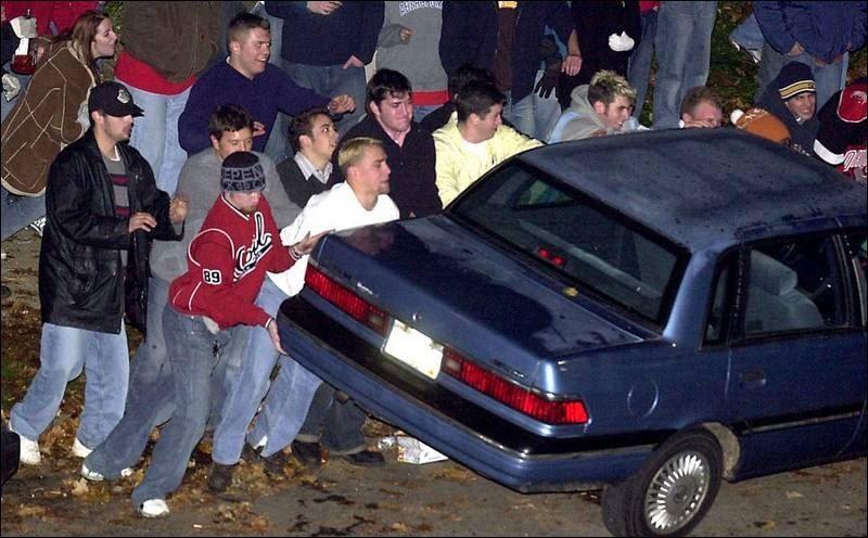 Retired-OSU-president-slams-Buckeye-fans-culture-of-rioting-2.jpg