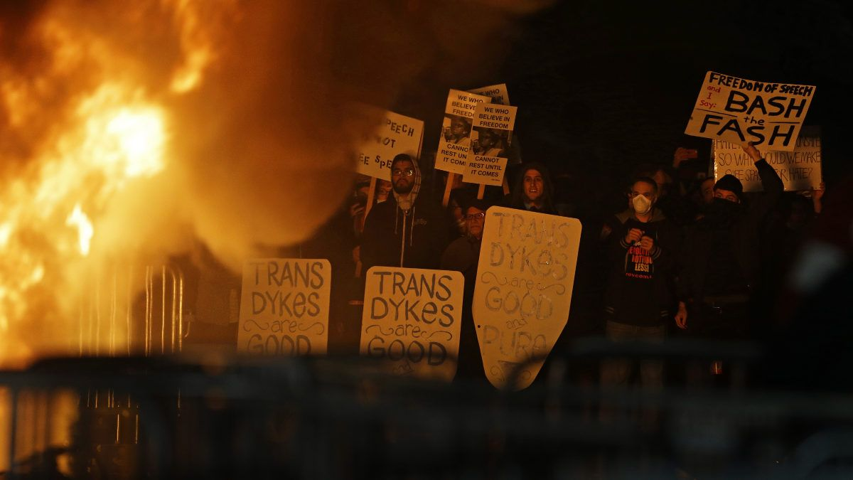 UC-Berkeley-riots.jpg