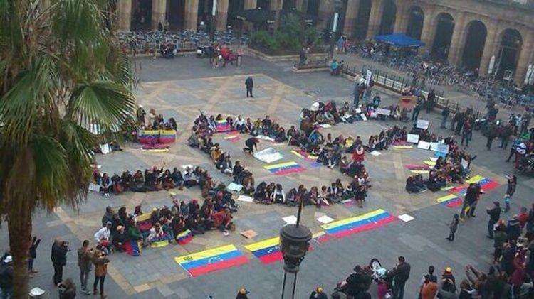 venezuelacrisissos.jpg