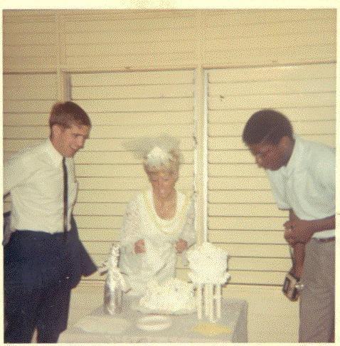 Wedding Day 1968.jpg